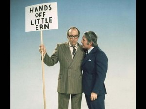 Morecambe_and_wise2
